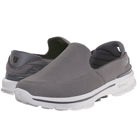SKECHERS PERFORMANCE MEN'S Go Walk 3 Slip On Shoes GOGA Pillars Size 9 or 8 NWOB